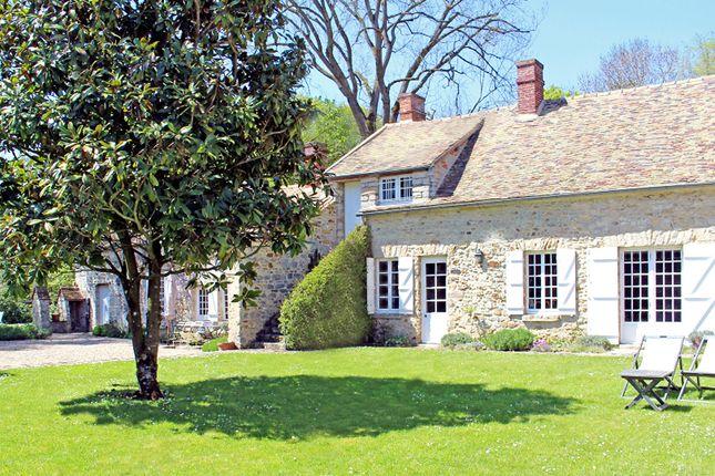 Thumbnail Property for sale in 77930, Fleury En Biere, France
