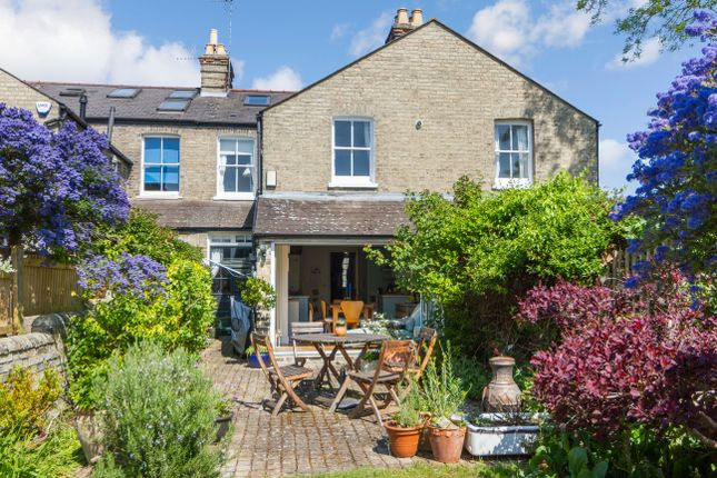 Thumbnail Terraced house for sale in Rathmore Road, Cambridge