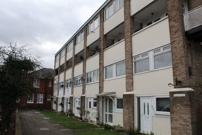 Orchard Court, Hornchurch RM12