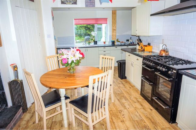 Dining Area of Hartfield Road, Leicester LE5