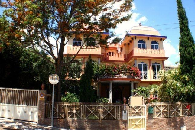 5 bed villa for sale in Benalmádena, Málaga, Spain