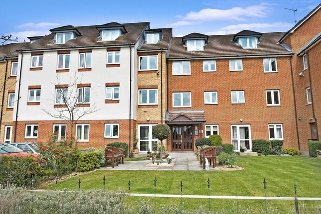 1 bed flat for sale in Collier Court, Grays RM16
