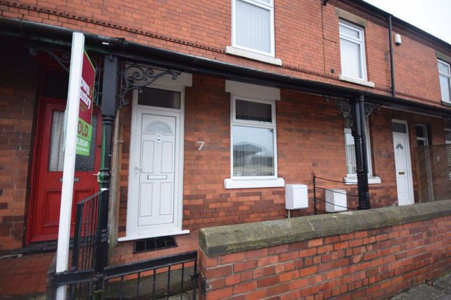 3 bed property to rent in Mold Road, Wrexham LL11