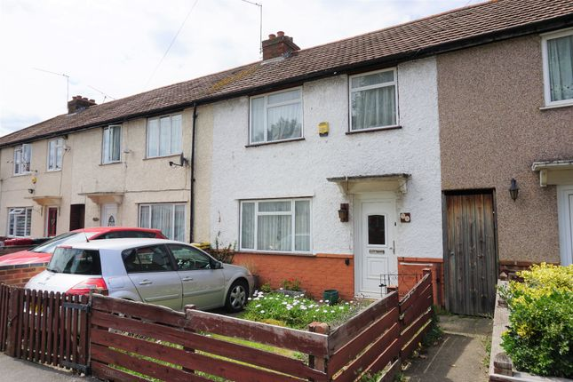 Thumbnail Property for sale in Carlton Road, Slough