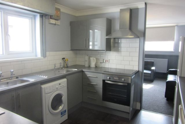 Thumbnail Terraced house to rent in Uplands Crescent, Uplands, Swansea.