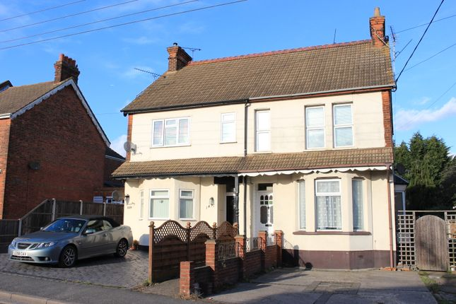 Thumbnail Flat for sale in Hart Road, Benfleet, Essex