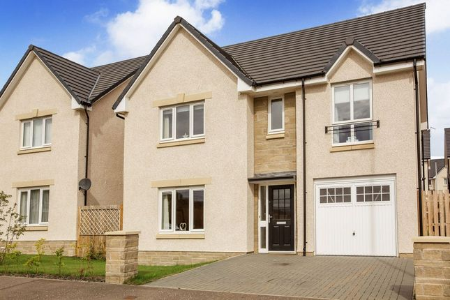 Thumbnail Detached house for sale in 16 Castell Maynes Avenue, Bonnyrigg