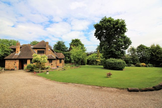 4 bed detached house for sale in Brock Hill, Runwell Wickford