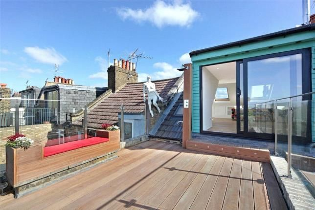 Thumbnail Maisonette to rent in Hormead Road, Westbourne Park