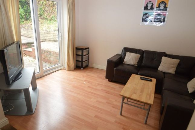 Thumbnail 6 bed flat to rent in Coronation Road, Selly Oak, Birmingham