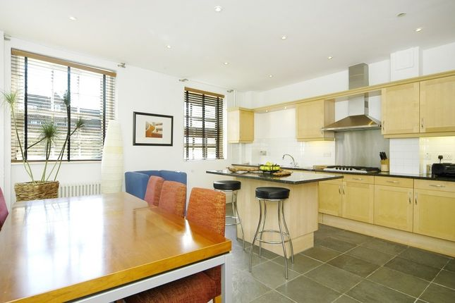 Thumbnail Property to rent in Providence Square, Shad Thames, Shad Thames