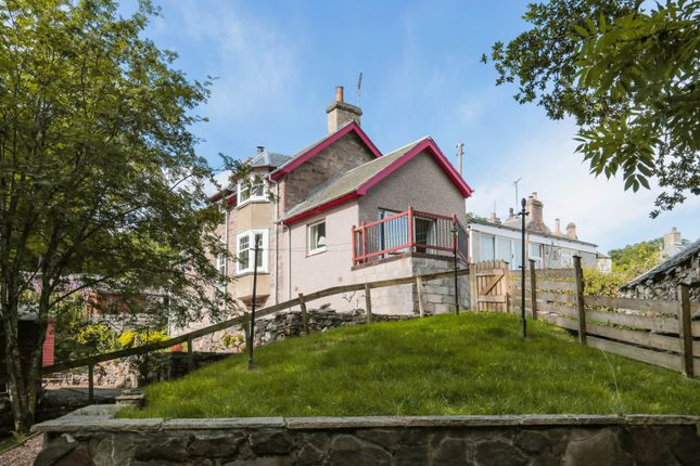 Thumbnail Detached house for sale in Perth Road, Gilmerton, Crieff