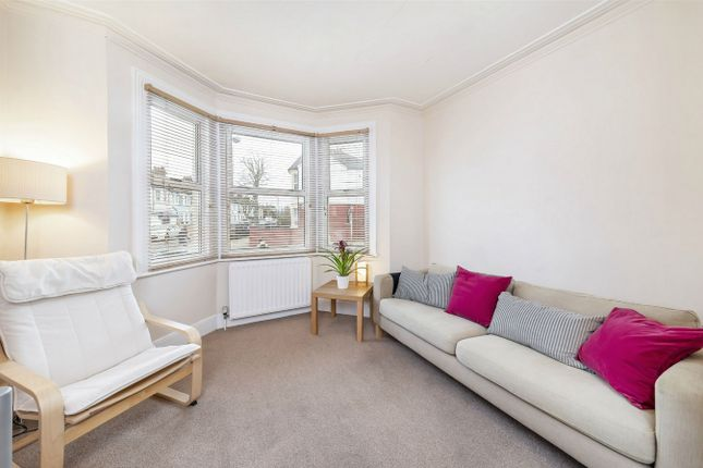 Flat for sale in Oldfield Road, Harlesden, London