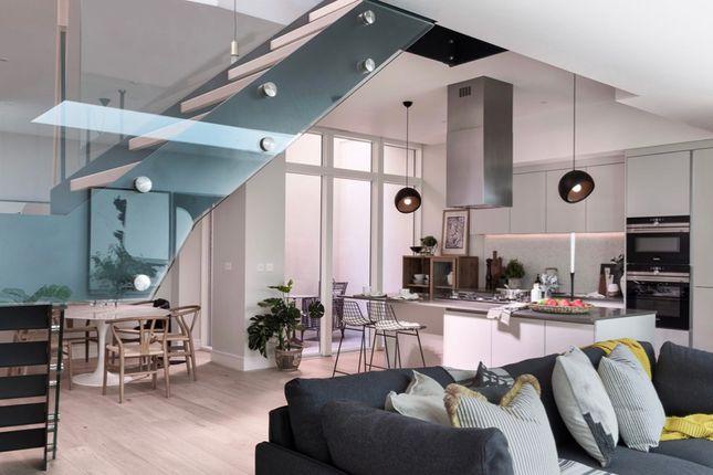 Thumbnail Terraced house to rent in Avery Walk, 5En, London