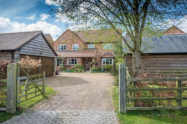 Thumbnail Detached house for sale in Eythrope Road, Stone, Aylesbury