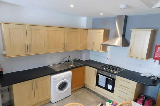 Thumbnail Flat to rent in Station Street, Portsmouth