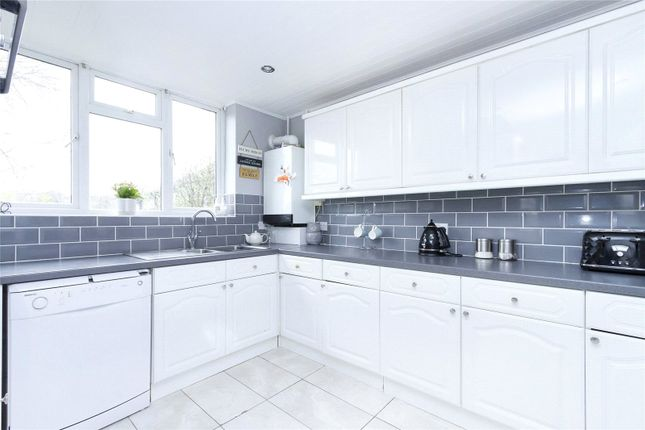 Thumbnail Terraced house to rent in College Green, London