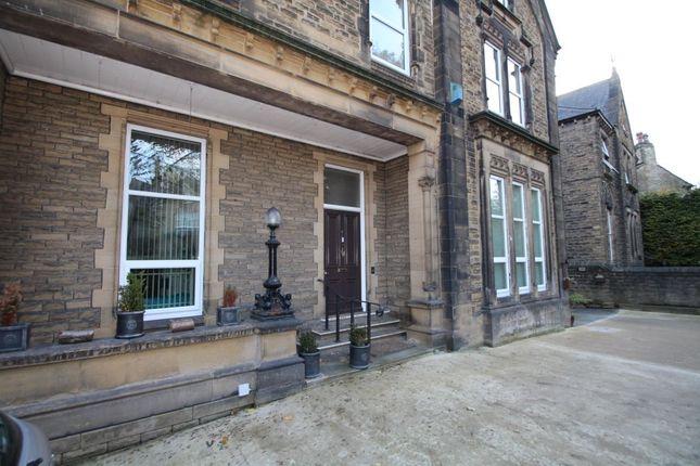 Thumbnail Flat to rent in Heaton Road, Paddock, Huddersfield
