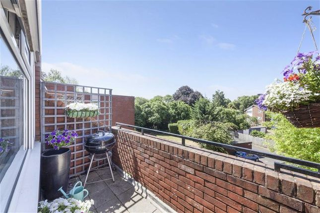 Thumbnail Flat for sale in Albion Road, Sutton