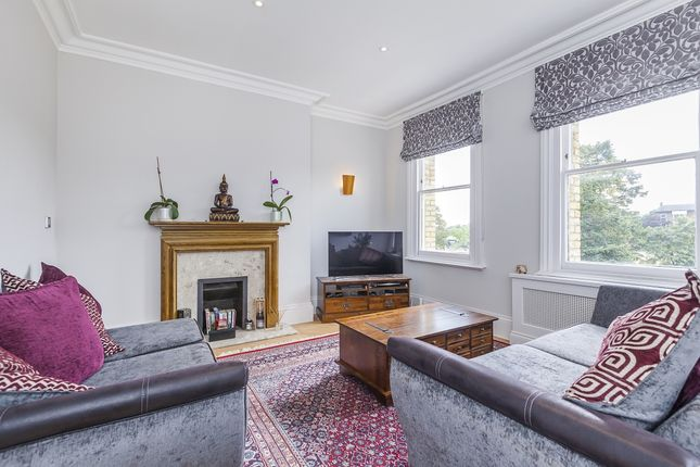 Thumbnail Flat to rent in West Grove, London