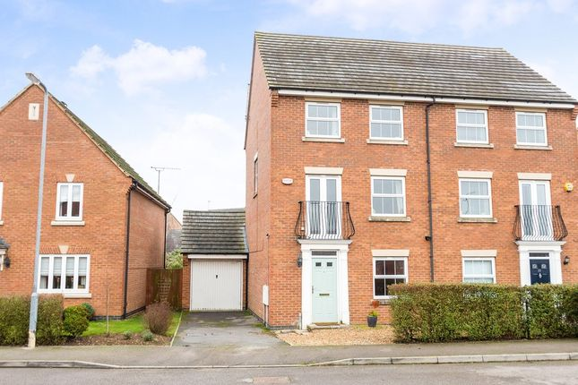 4 bed semi-detached house for sale in Browning Close, Rushden