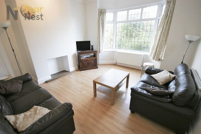 Thumbnail Semi-detached house to rent in Becketts Park Crescent, Leeds, 3Ph.