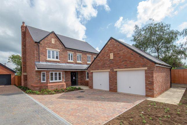 5 bed detached house for sale in Barton Road, Gravenhurst, Bedford MK45