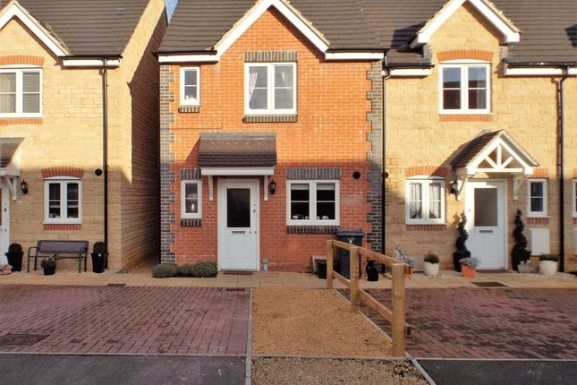 3 bed property for sale in The Gardens, Calne