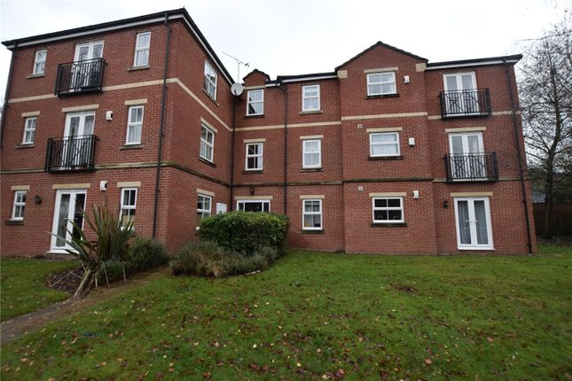 Flat to rent in Woodlea Lane, Meanwood, Leeds, West Yorkshire