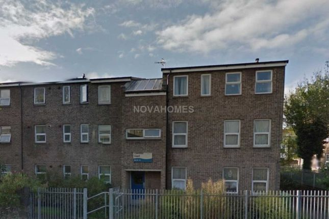 Thumbnail Flat for sale in Clarence Court, Stonehouse