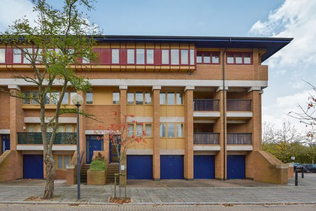 1 bed flat for sale in North Fourteenth Street, Milton Keynes