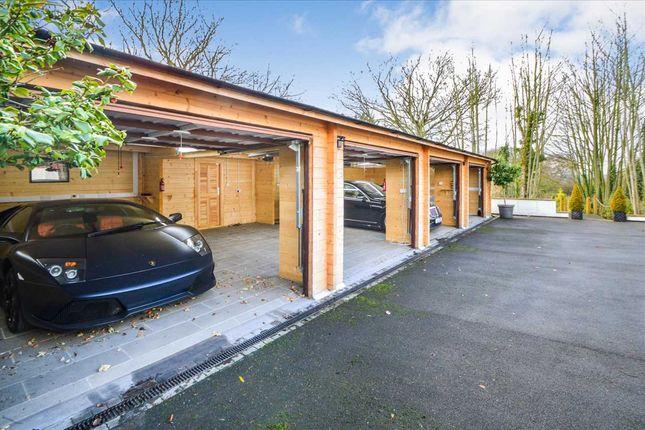 Garages of Ridge Lane, Radcliffe On Trent, Nottingham NG12
