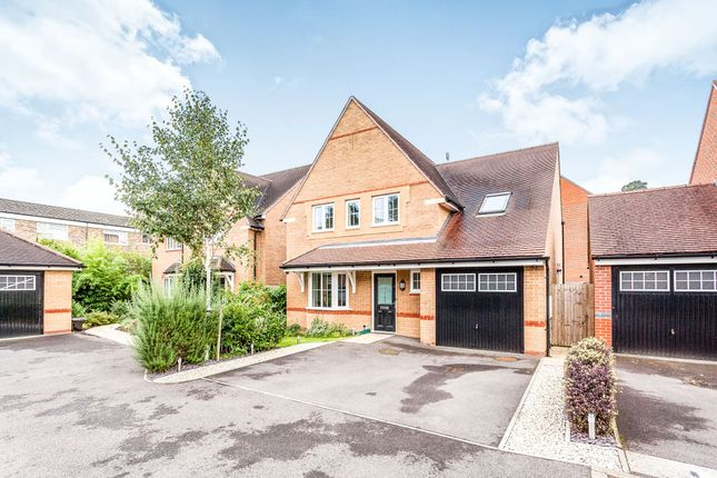 Thumbnail Detached house for sale in Little Paddock Close, Crawley