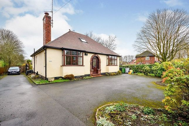 3 bed bungalow for sale in Altrincham Road, Wilmslow SK9