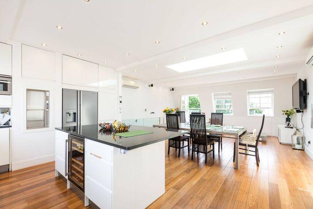 Thumbnail Flat for sale in Cornwall Gardens, Kensington