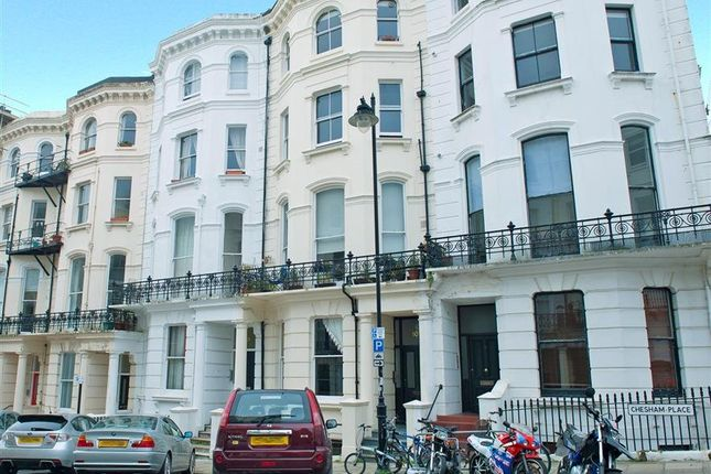 2 bed flat for sale in Chesham Place, Brighton