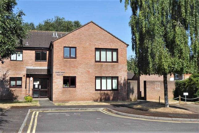 Thumbnail Flat to rent in Priory Court, Taunton