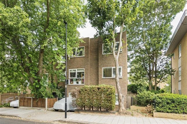 Thumbnail Property to rent in Rodenhurst Road, Clapham, London