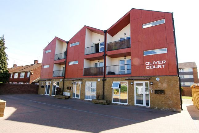Thumbnail Flat to rent in Main Street, Feltham