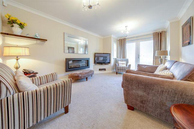 2 bed flat for sale in Grange Park Way, Haslingden, Rossendale