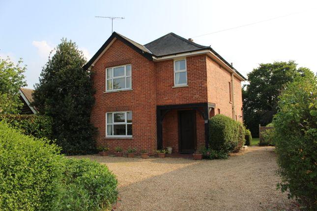 Thumbnail Detached house to rent in Matthewsgreen Road, Wokingham
