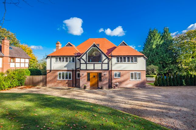 Thumbnail Detached house to rent in Churn Lodge, Streatley On Thames