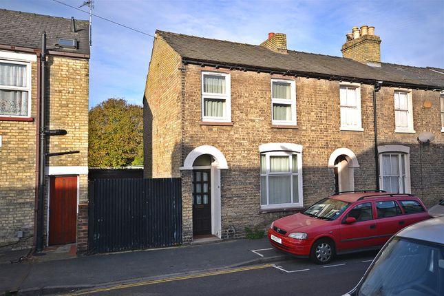 Thumbnail End terrace house for sale in Hemingford Road, Cambridge