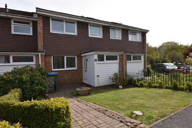3 bed terraced house to rent in Lower Swanwick Road, Swanwick, Southampton SO31