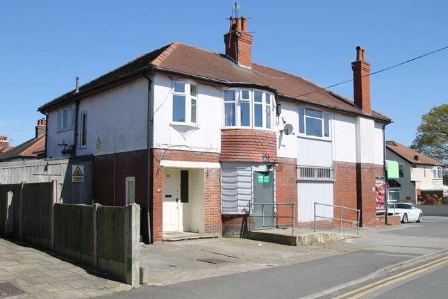 Thumbnail Flat for sale in St. Winifreds Avenue West, Harrogate