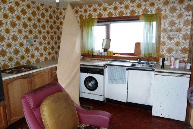 Kitchen of South Bragar, Isle Of Lewis HS2
