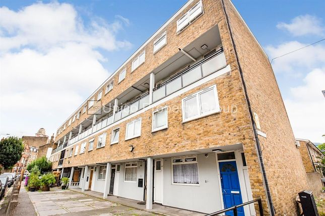 3 bed flat to rent in Cleveland Way, London E1