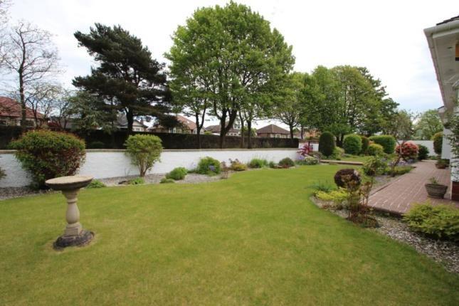 Front Gardens of Stirling Road, Larbert FK5