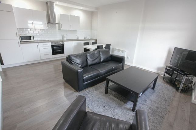 Thumbnail Flat to rent in Huskisson Street, Toxteth, Liverpool