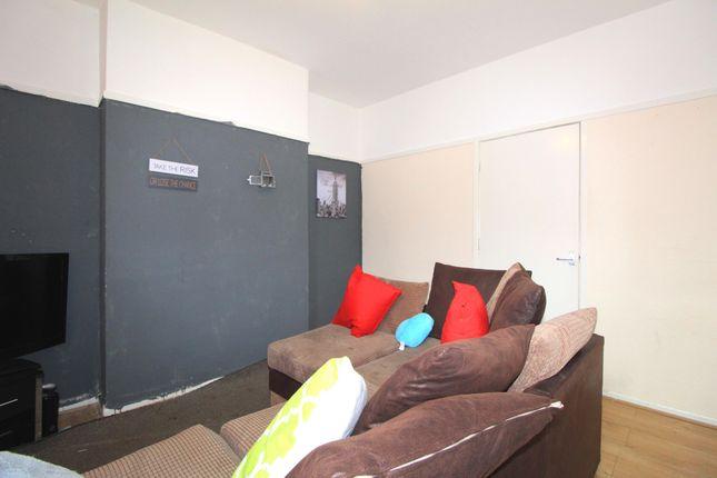 Reception Room1 of Ball Street, St Anns, Nottingham NG3